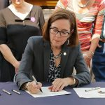 Oregon Gov. warns of $1250 fines, 1 month in jail for violating new COVID mandates